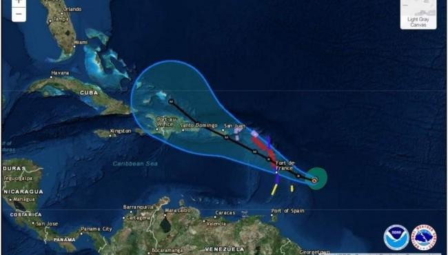 El huracán María sube a categoría 4 y Puerto Rico declara el estado de emergencia (+Video)